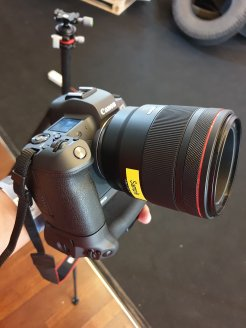 Canon-EOS-R-00001