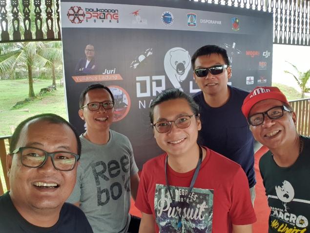 Bersama dengan 2 orang peserta dari Singapura.
